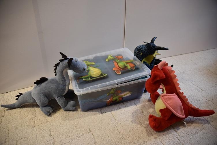 Sirius, Kiwii und Rosa holen die erste Stoffkiste