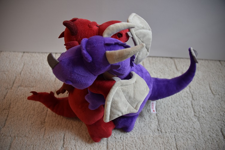 Ruby umarmt Violetta