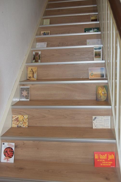 Postkarten auf der treppe