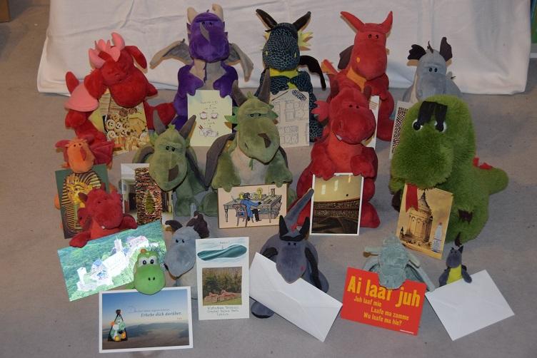 Drachis mit Postkarten